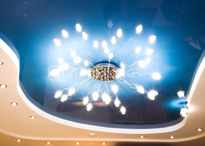 Люстры на двухуровневом потолке фото